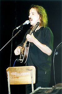 Vlasta Rédl - inštrumetalista, spevák a autor piesní